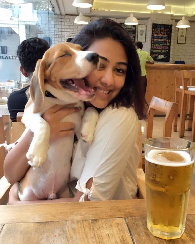 Meet Gaargi Prehar, a successful entrepreneur in Mumbai, who is changing the way pet parents celebrate special moments with their pets.